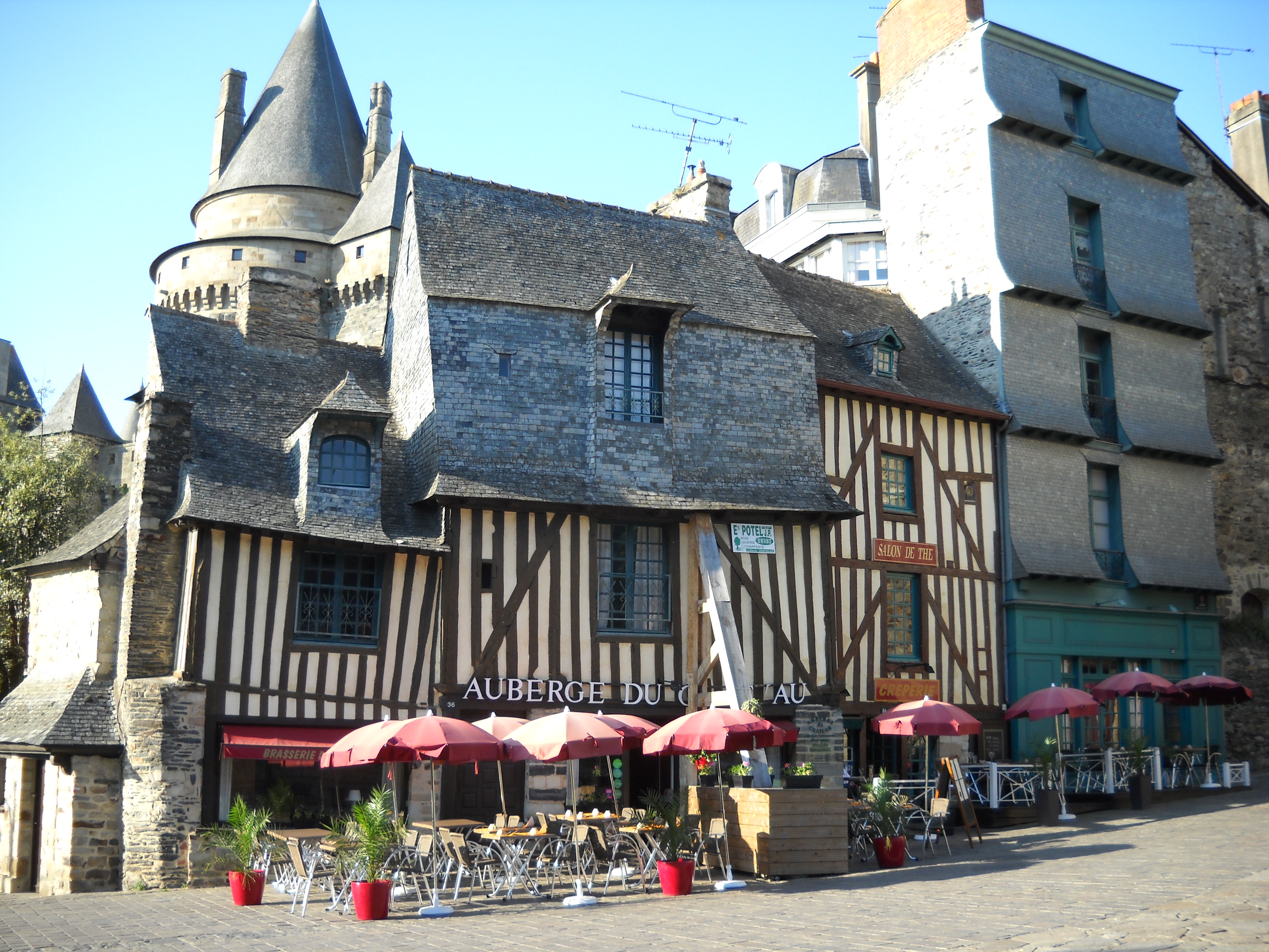 Restaurant Fougeres Chateau